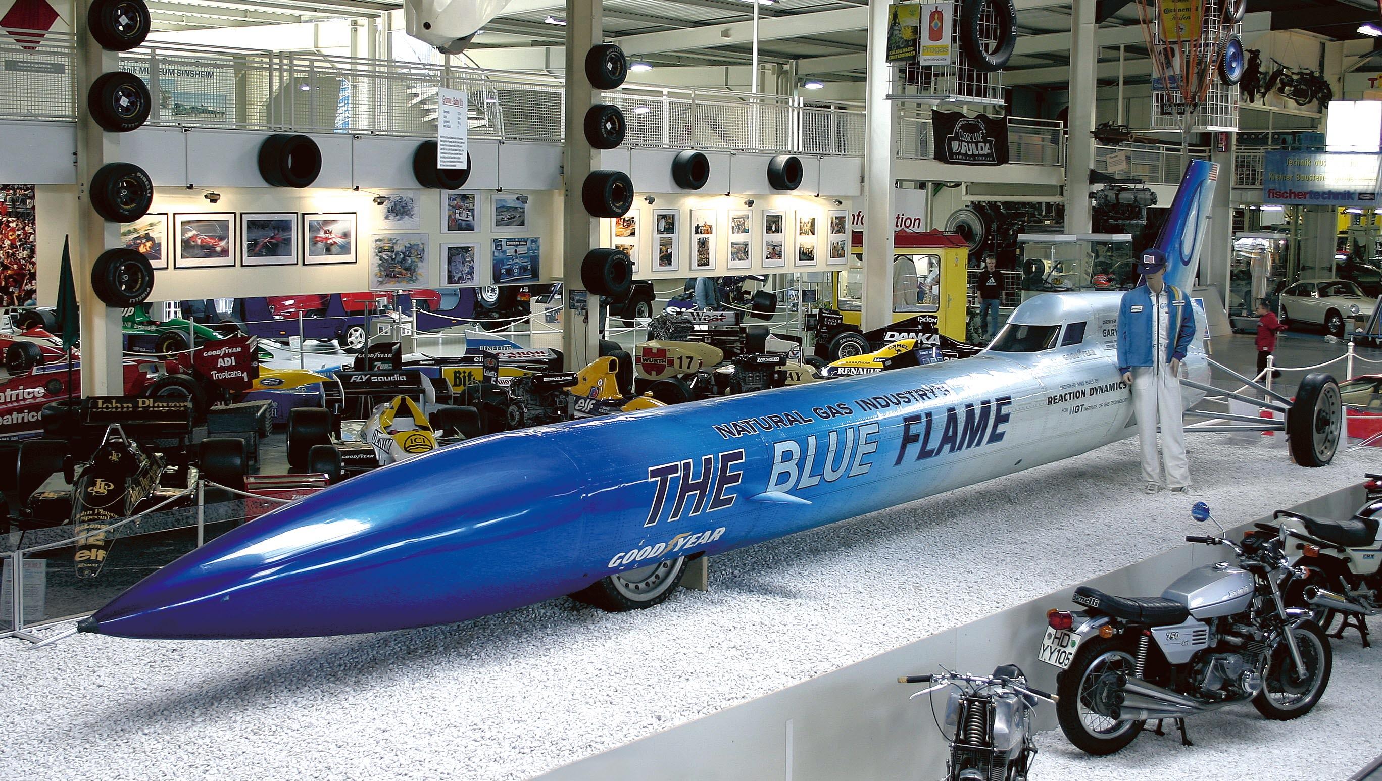 the blue flame auto technik museum sinsheim duitsland. Black Bedroom Furniture Sets. Home Design Ideas